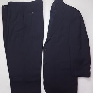 Hart Schaffner Marx 42R Suit Navy Pin Striped Blue